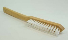 Brush with long handle, nylon hair, white, 0.40/20 mm